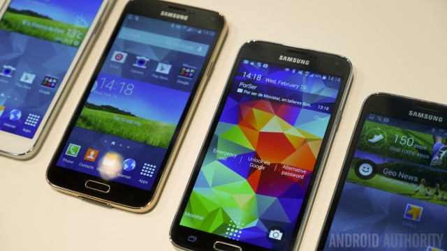 Samsung-Galaxy-S5-hands-on-color-size-vs-all-1160811